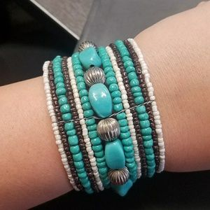 Plunder beaded bracelet